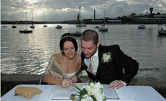 Balmain wedding; harbour forshore wedding; Sydney wedding celebrant; marriage celebrant Sydney; Joyful Occasions celebrant; celebrant joy;