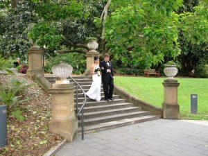 Sydney Botanic Garden wedding; Sydney botanic gardens celebrant; Rose Garden wedding; marriage celebrant sydney; Joyful Occasions Celebrant